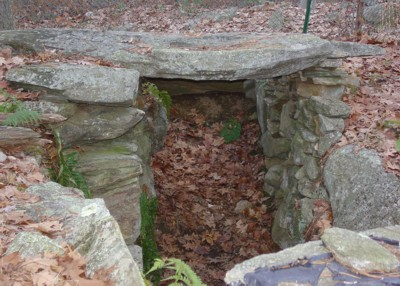 America's Stonehenge - Sunken Unit Partially Roofed Chamber